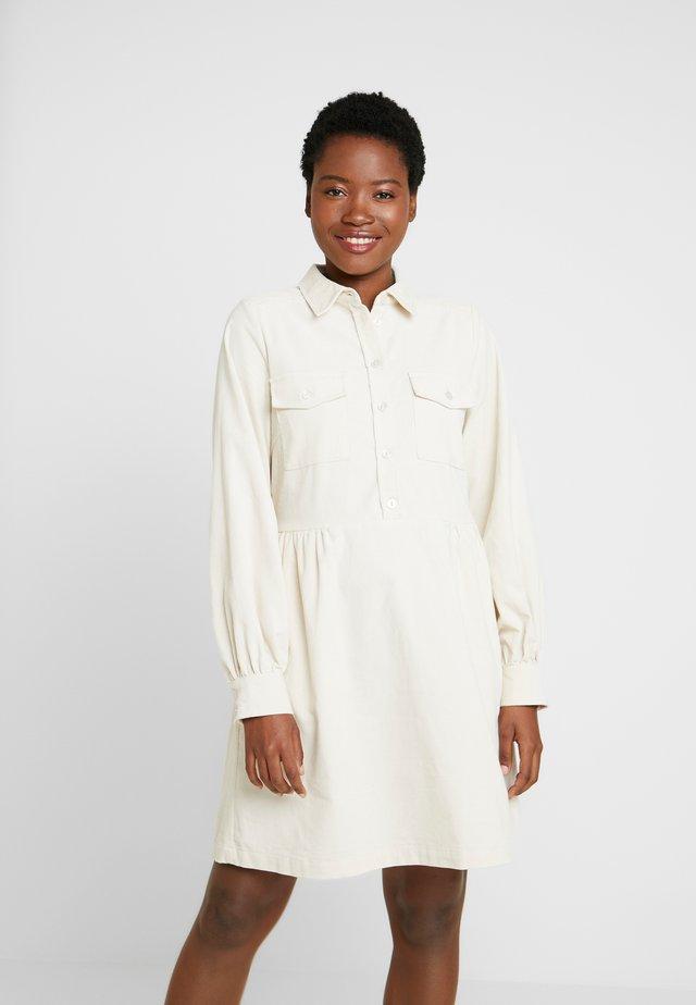 AICHA - Shirt dress - whitecap grey