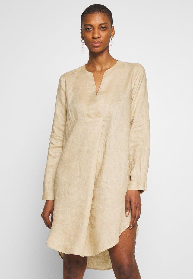 CALLASA - Korte jurk - incense