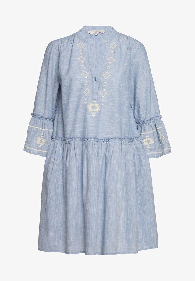 SOPHIA - Korte jurk - dusky blue