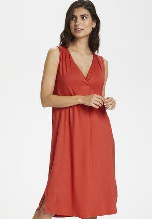 CANNIEPW - Day dress - chili