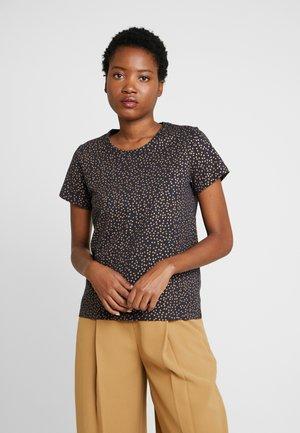 RATA  - T-shirts med print - gold/navy