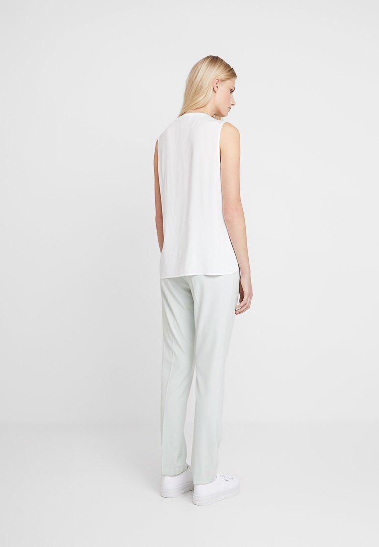 Two Bright Bright White Two Part Part Part White SarahBlouse SarahBlouse Two W2YDIEH9