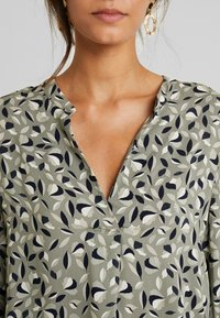 Part Two - TONNIE - Blouse - vetiver - 5