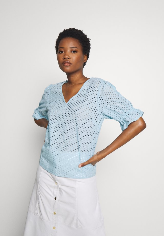 CATALINA - Blouse - light blue