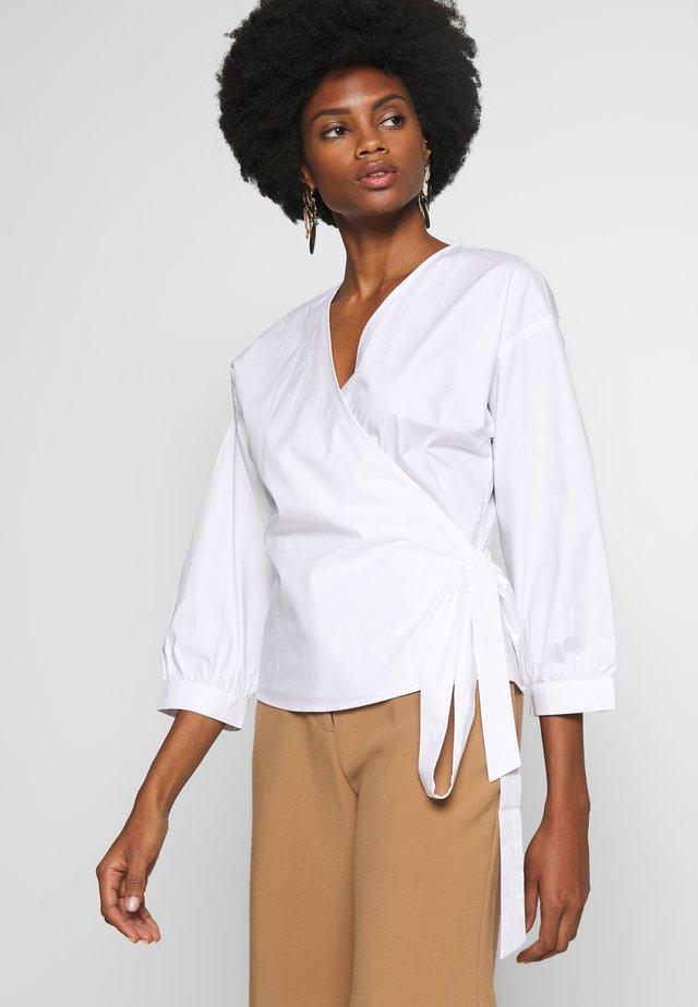 BARBROP - Bluse - bright white
