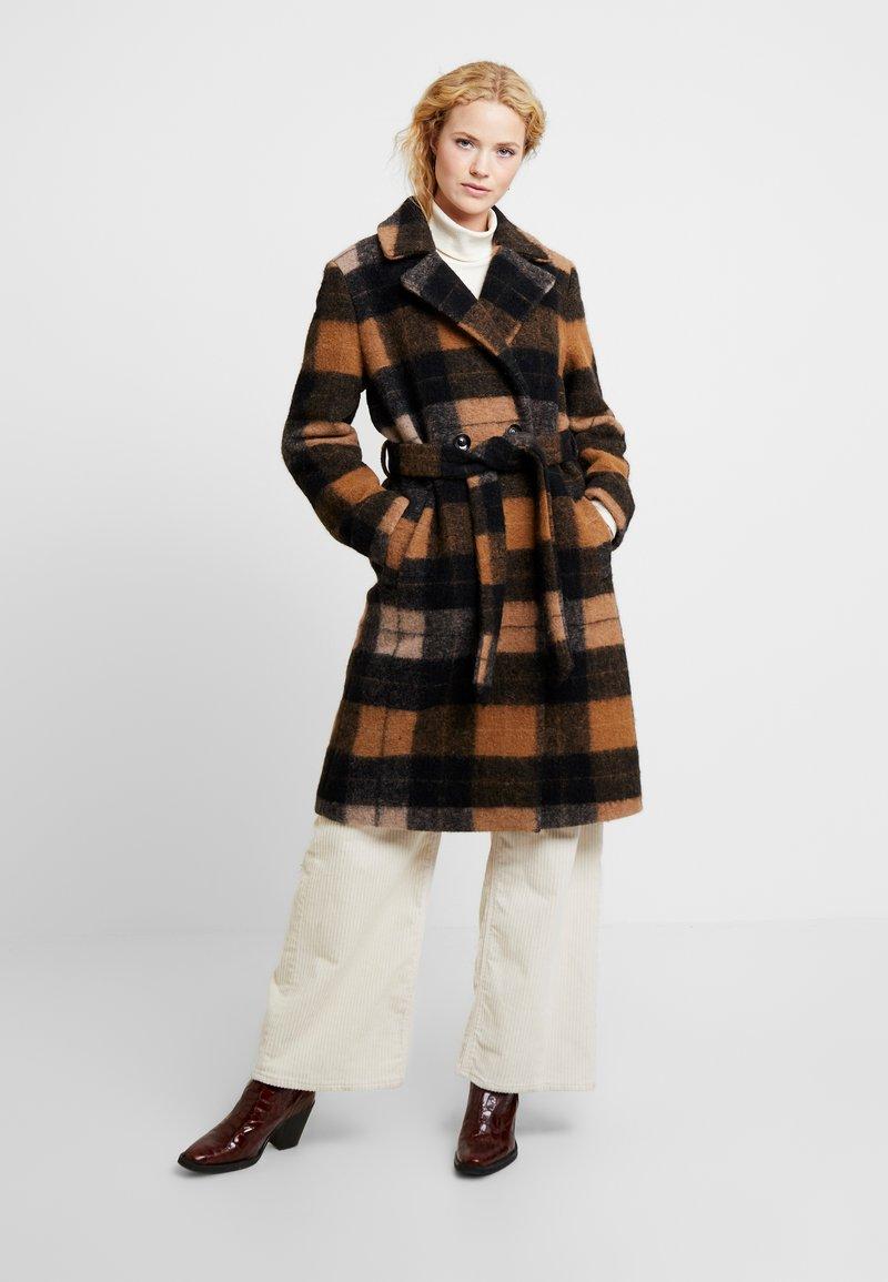Part Two - SELMA - Classic coat - brown