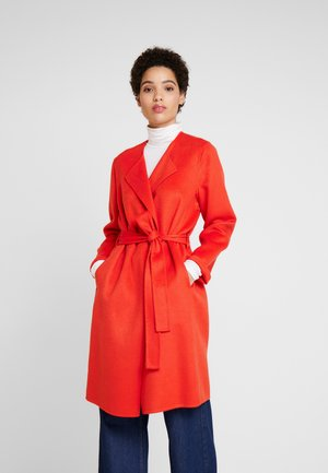 SASHA - Zimní kabát - fiery red