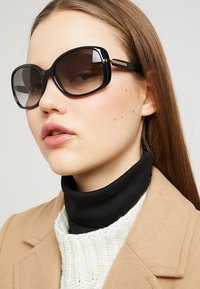 Prada - Occhiali da sole - black - 1