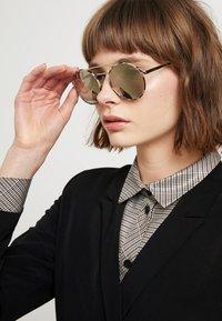 Prada - Sonnenbrille - white - 1