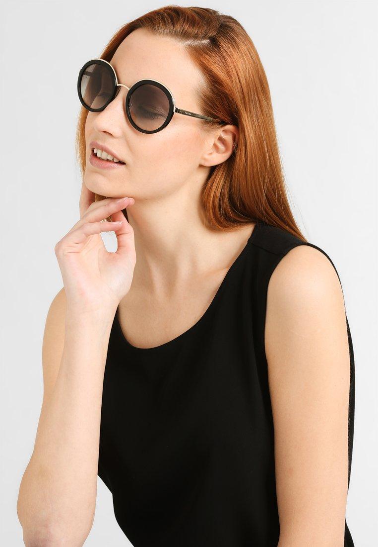 Prada - Solglasögon - black
