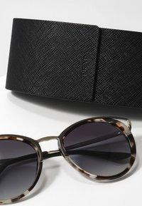Prada - Sluneční brýle - brown - 3