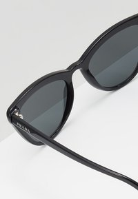 Prada - Sonnenbrille - black - 4