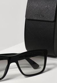 Prada - Sluneční brýle - black/grey gradient - 3