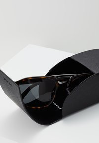 Prada - Sonnenbrille - havana - 3
