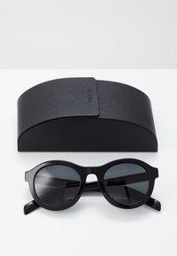 Prada - Sluneční brýle - black/grey - 3