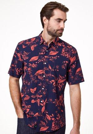 REGULAR FIT HEMD SEERSUCKER - Shirt - blau/rot
