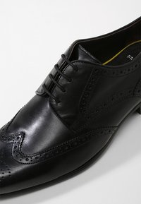 Prime Shoes - Stringate eleganti - black - 5