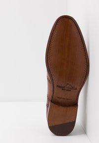 Prime Shoes - Stringate eleganti - cognac - 4