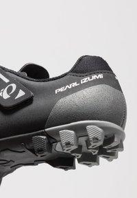 Pearl Izumi - X-ALP DIVIDE - Buty rowerowe - black - 5