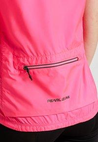 Pearl Izumi - ELITE ESCAPE BARRIER VEST - Waistcoat - screaming pink - 8