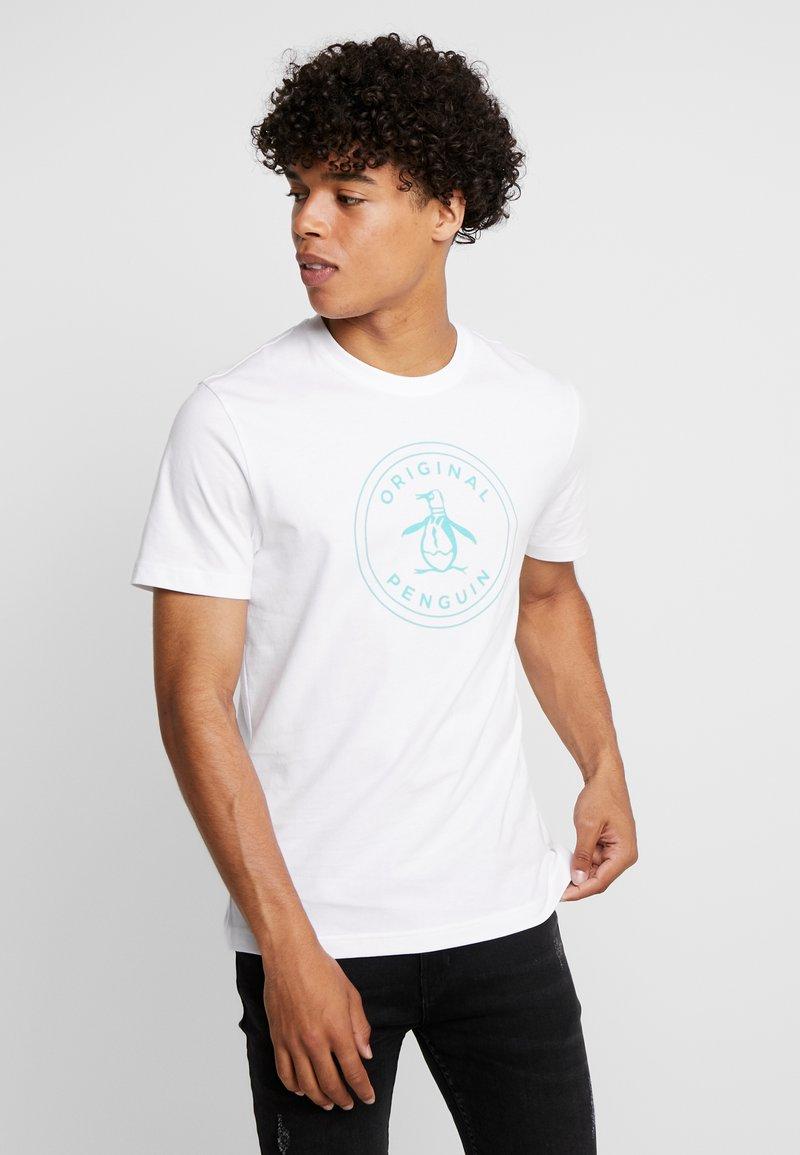 Original Penguin - STAMP CIRCLE LOGO TEE - T-Shirt print - bright white