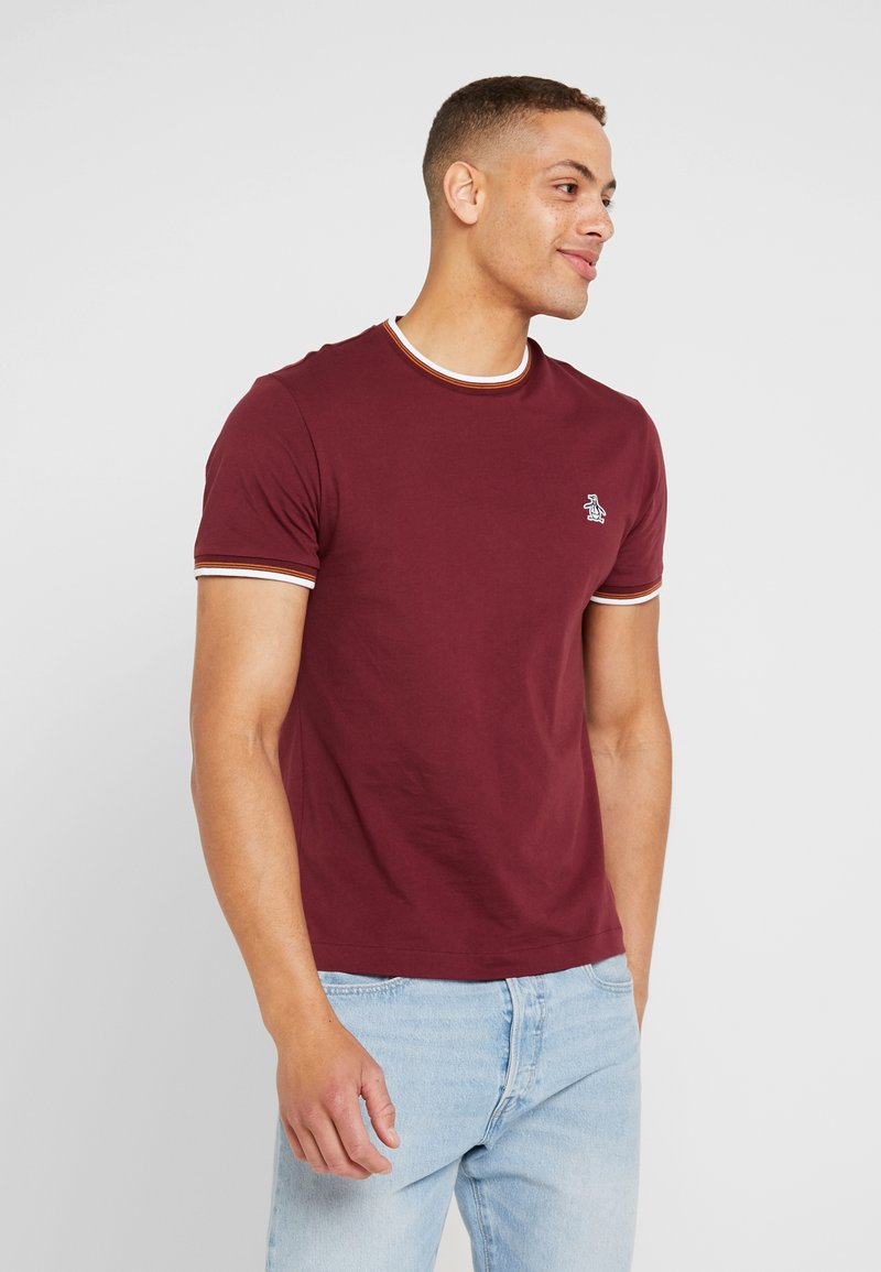 Original Penguin - STICKER PETE TIPPED TEE - Camiseta básica - tawny port