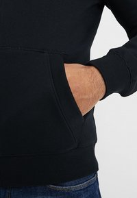 Original Penguin - ZIP THRU HOODED - veste en sweat zippée - true black - 3
