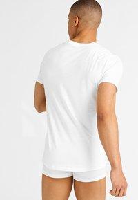 Polo Ralph Lauren - 2 PACK - Podkoszulki - white - 2