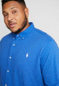 Polo Ralph Lauren Big & Tall - FEATHERWEIGHT - Hemd - dockside blue - 3