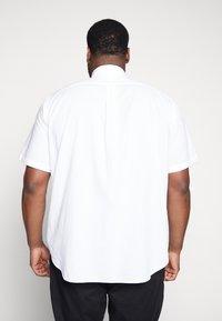 Polo Ralph Lauren Big & Tall - SEERSUCKER - Koszula - white - 2