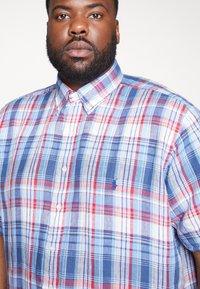 Polo Ralph Lauren Big & Tall - PLAID - Camicia - blue/cherry - 4