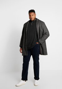 Polo Ralph Lauren Big & Tall - CLASSIC FIT VARICK  - Spodnie materiałowe - collection navy - 1