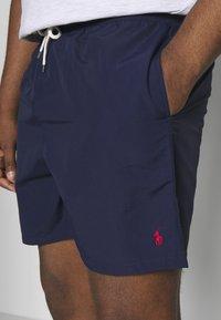 Polo Ralph Lauren - TRAVELER - Shorts - newport navy - 4