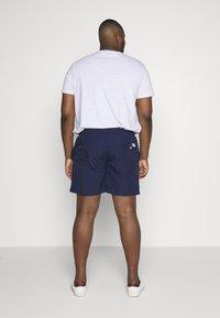 Polo Ralph Lauren - TRAVELER - Shorts - newport navy - 2