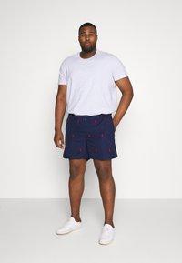 Polo Ralph Lauren - TRAVELER  - Shorts - newport navy - 1