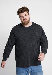 Polo Ralph Lauren Big & Tall - Pitkähihainen paita - black marl heather - 0