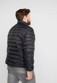 Polo Ralph Lauren Big & Tall - HOLDEN JACKET - Bunda zprachového peří - black - 2