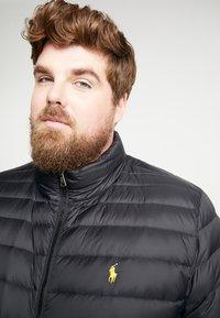 Polo Ralph Lauren Big & Tall - HOLDEN JACKET - Bunda zprachového peří - black - 3