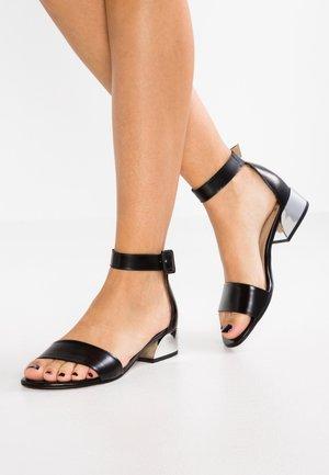 Sandály - luxor noir