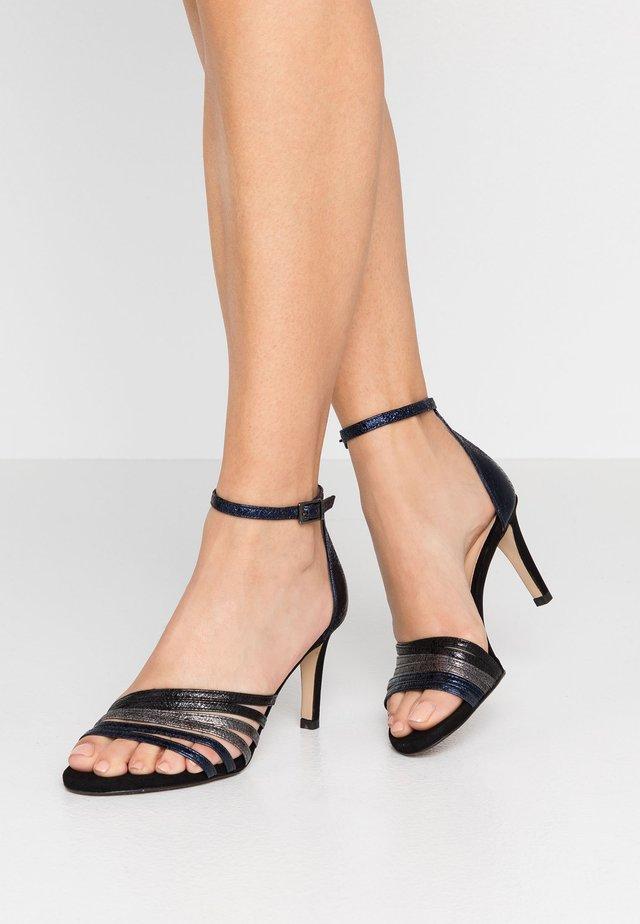Sandalen met hoge hak - ferrer notte/plombo black