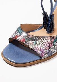 PERLATO - Sandals - scoop argent/rock notte mavrick jeans - 2