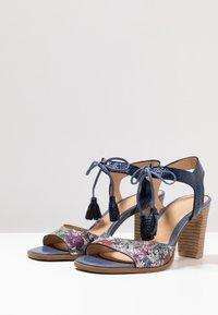 PERLATO - Sandals - scoop argent/rock notte mavrick jeans - 4