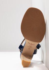 PERLATO - Sandals - scoop argent/rock notte mavrick jeans - 6