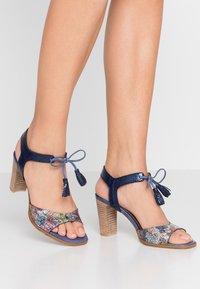 PERLATO - Sandals - scoop argent/rock notte mavrick jeans - 0