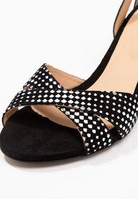 PERLATO - Sandals - melodia/noir - 2