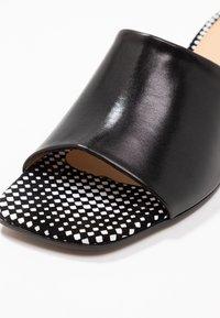 PERLATO - Pantofle - venus/melodia noir - 2