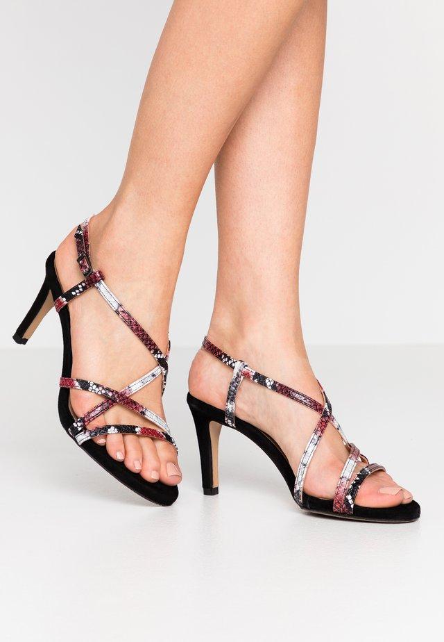 Sandali con tacco - rosso/noir