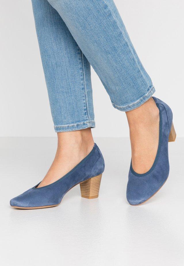 Klassiske pumps - jeans