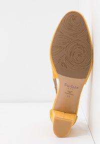 PERLATO - Classic heels - saffron - 6