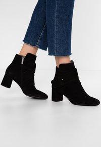 PERLATO - Kotníkové boty - noir - 0